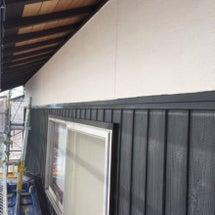 外壁の塗装と鉄板張り…