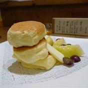 浅草でバズってるパンケーキ  紅鶴