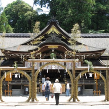 大神神社と出雲大社
