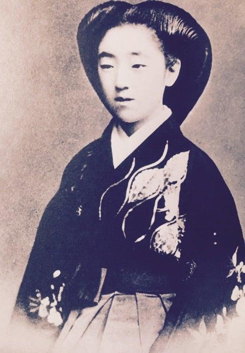 菊麿王妃常子