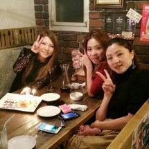 お祝い♡女子会٩(。…
