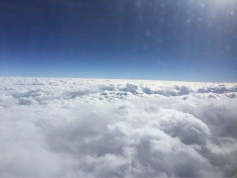 もくもく雲の上 | 東尾理子オフ...