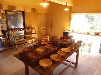由利本荘市 木工舎つきのわ 木のうつわ100展&うさと展