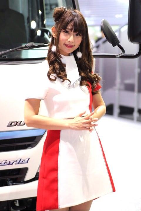 東京モーターショー2017toyota_トヨタコンパニオン_キャンギャル