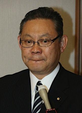 小川勝也、息子の逮捕で民進党離...