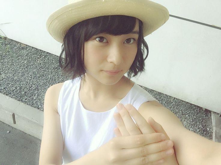 顔の肌がきれいな鈴木絢音さん