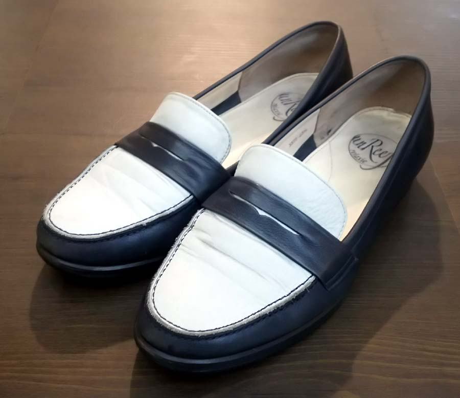 婦人靴カカトの修理 1足両足1,200円+税~ ○婦人靴ハーフソール 1足両足1,500円+税~