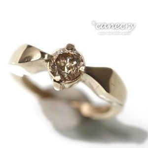 ブラウンダイヤモンドのリング