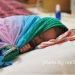 〈赤ちゃん 夜寝ない…