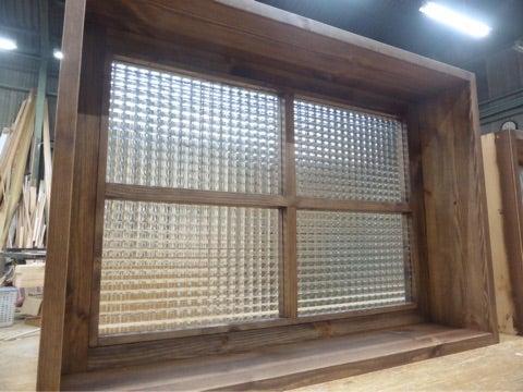 オカモク チェッカーガラス オーダー窓