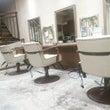 本店の椅子がリニュー…