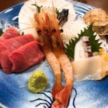 お昼ごはんは海鮮でし…