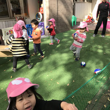 保育園での体操授業 …
