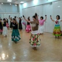 蒲郡サーラ 楽器で踊…