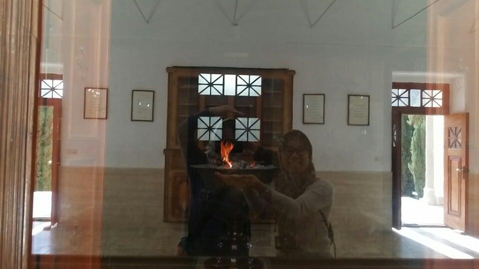 そして、神殿の中にある聖なる火。