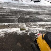 今年初めての雪かき