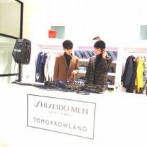 トゥモローランド ×…
