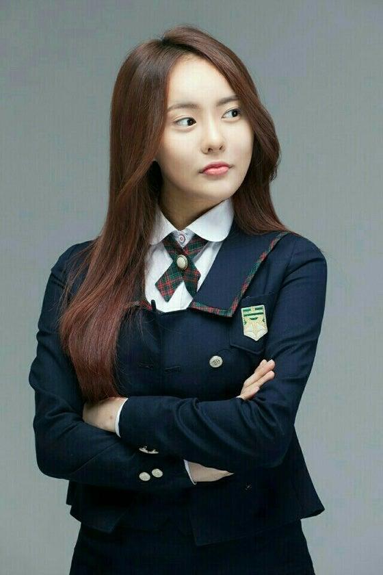 a9c6cba74fb47 韓国女優パク・ナイェがOCN新月火ドラマ「その男、オ・ス」(原題)でキム・ソウンの妹役にキャスティングされた。