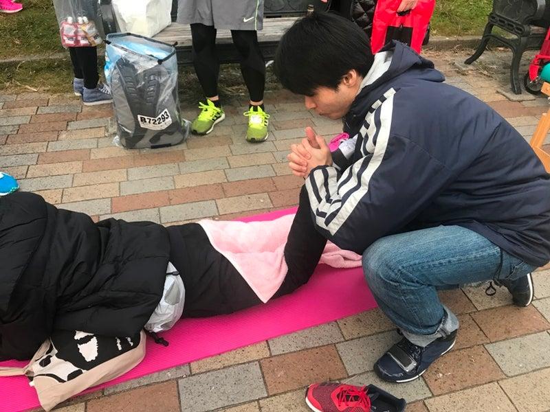 2017年大阪マラソンに参加する大阪国際がんセンターのチーム元気マラソンのメディカルサポート