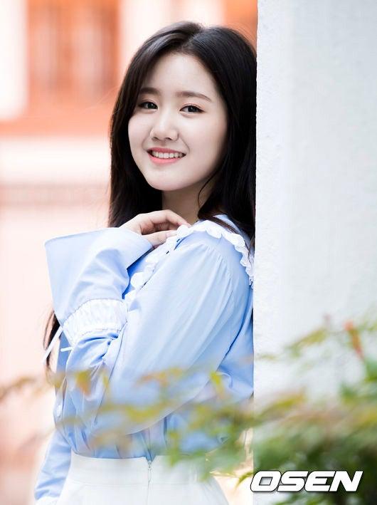 89cb7373a2267 韓国女優チン・ジヒ(18)が東国大学演劇映画学科に入学する。