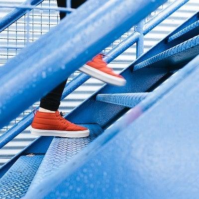 階段の登り方でお腹が凹む!の記事に添付されている画像