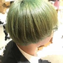 素敵なグリーンヘアー…
