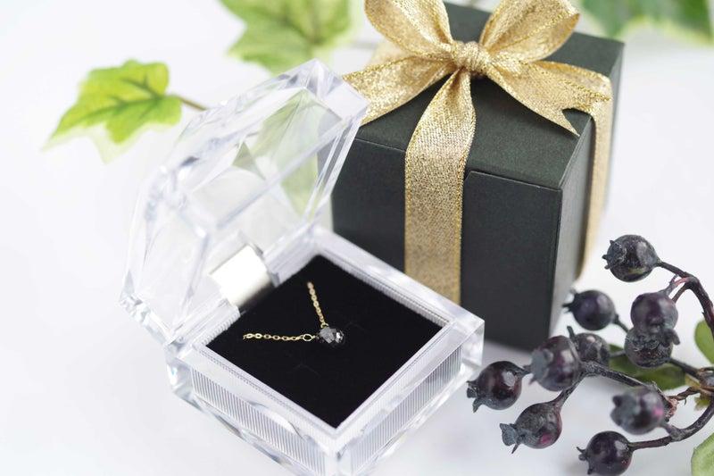 ブラックダイヤモンドネックレス1