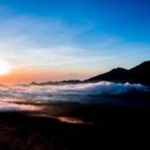 バトゥール山は地球の…