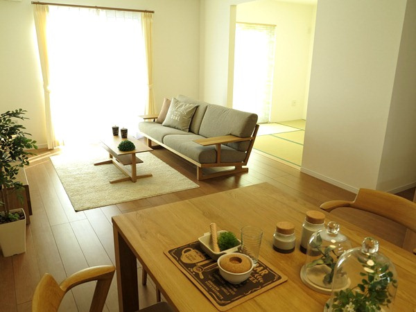リビングと和室が隣接している場合に注意したいこと家具から始まる家