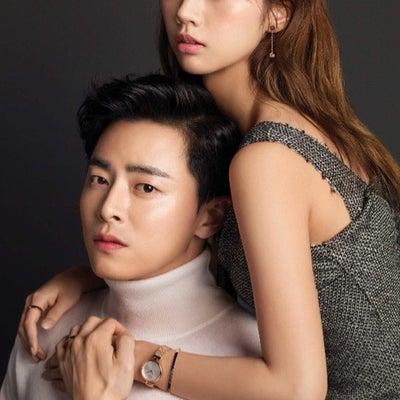 韓国雑誌アプリの記事に添付されている画像