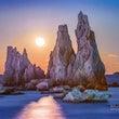 月明かりに橋杭岩