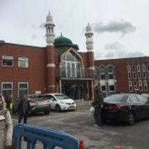 ココ、モスクへ行く