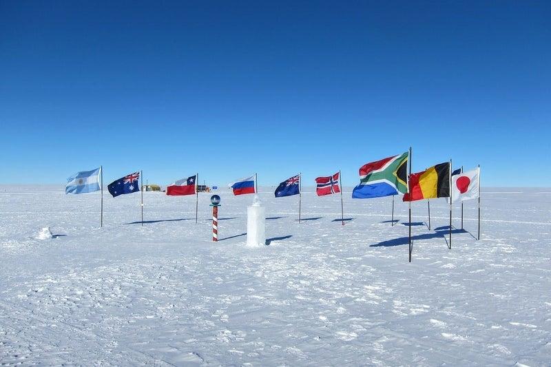 と は 点 南極