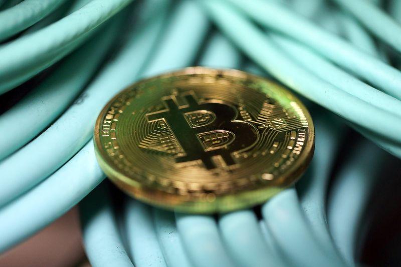 北朝鮮はなぜビットコインを盗もうとするのか〜仮想通貨の安全資産価値について 暗号資産(仮想通貨)の将来の可能性〜初心者からの運用方法