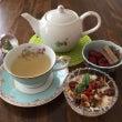 薬膳茶とクリスタルボ…