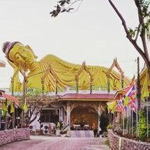 仏像の見守る街