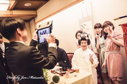 つきじ治作 ウエディングフォト 披露宴歓談中 ブライダルフォト 結婚写真