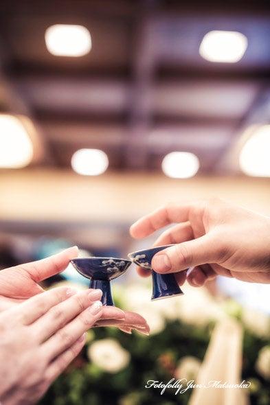 つきじ治作 ウエディングフォト 披露宴乾杯盃アップ ブライダルフォト 結婚写真