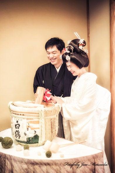 つきじ治作 ウエディングフォト 披露宴入場鏡開き ブライダルフォト 結婚写真