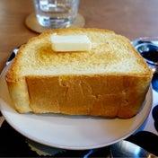 自家製パンの週末モーニング  カフェリスベット