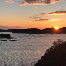 鴻島に沈む夕日