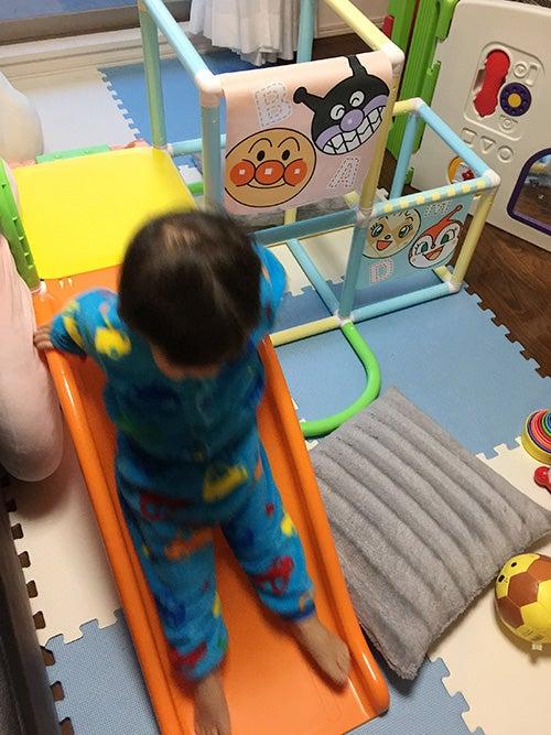 2歳_アンパンマン滑り台
