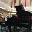 カハラモールでピアノ…