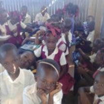 ハイチの会セスラの小…