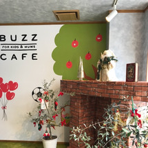 buzz cafeさ…