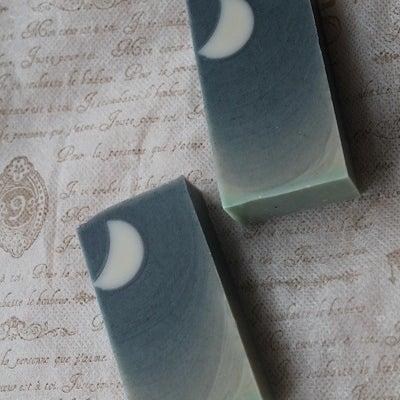 白いお月さまの石けん ~手作り石けん~の記事に添付されている画像