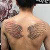 タトゥー:翼:背中の画像