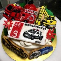 トミカ風ケーキ