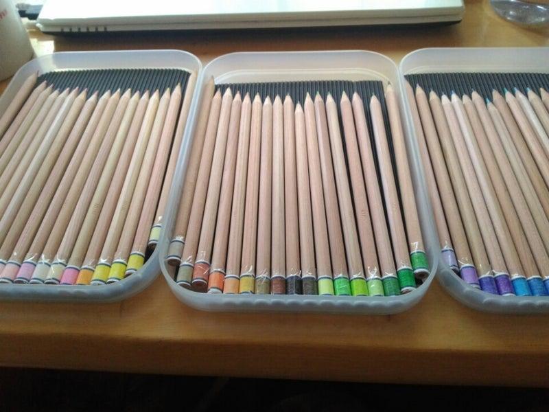 100色 色鉛筆 木製BOX入り(色鉛筆 )