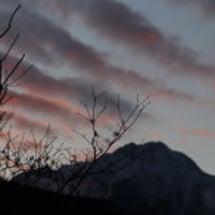 八ヶ岳の神秘的な夕暮…